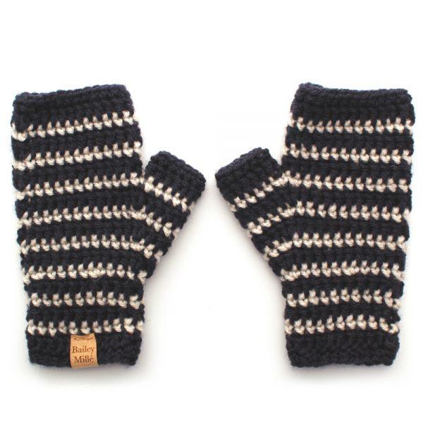 micah-fingerless-mittens-crochet-pattern