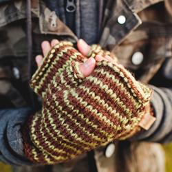 Knit Mittens & Gloves