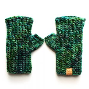 rata-fingerless-mittens-knitting-pattern