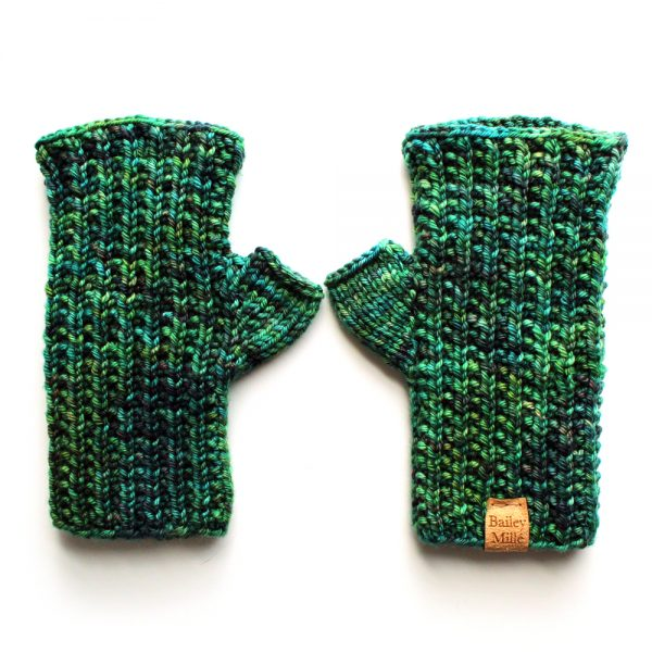 rata-fingerless-mittens-knitting-pattern